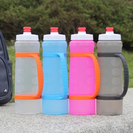 outdoor sport collapsible mist spray plastic water bottle silicone travel mug with handle